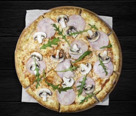Пицца капречезе
